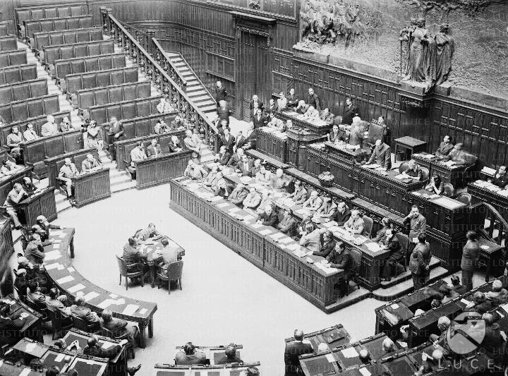 Una storia delle elezioni attraverso le fonti audiovisive for Nuovo parlamento italiano