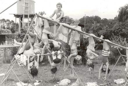 Kids on monkey bars Lisarow Public School Gwen Dundon photograph GCL